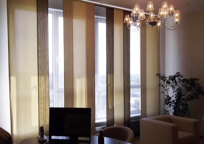 Преимущества и область применения японских панельных штор